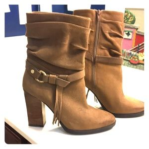 Ladies Guess tan boots